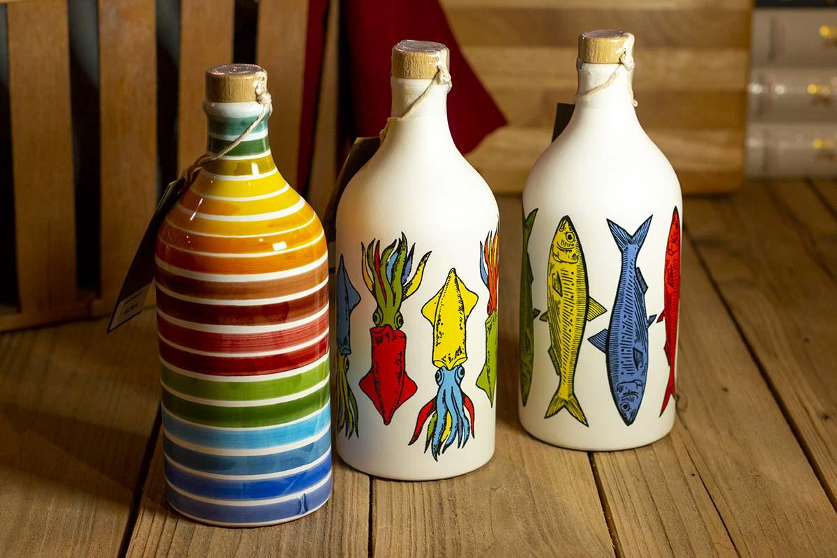 Olivenöl in handbemalter Keramikflasche / 0,5 l - 45,95 €