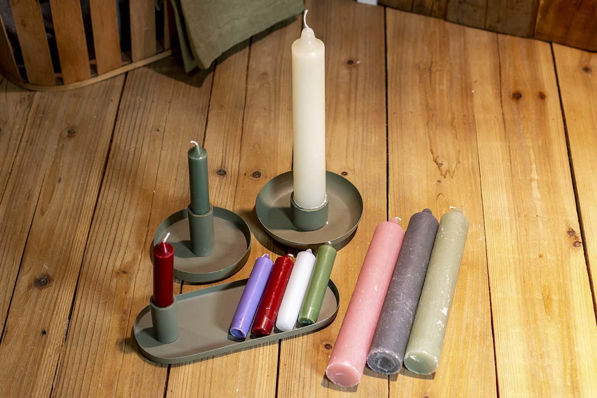 Kerzen / 0,50 € / 4,95 € | Kerzenständer 8,95 € / 11,95 € / 15,95 €